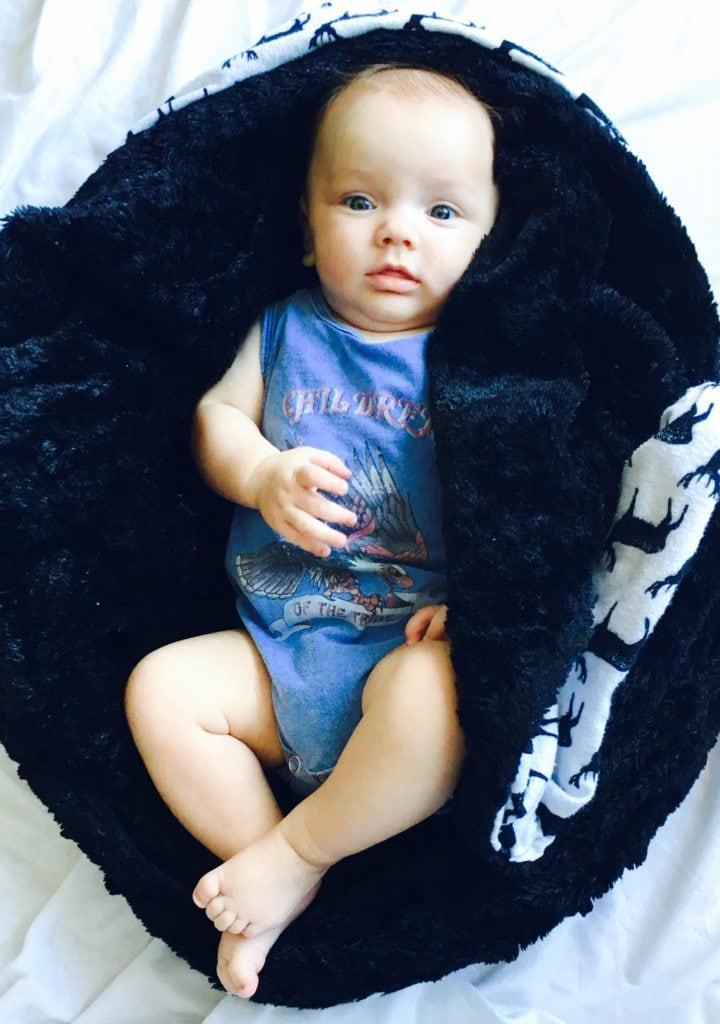 life-on-waller-diy-minky-baby-blanket
