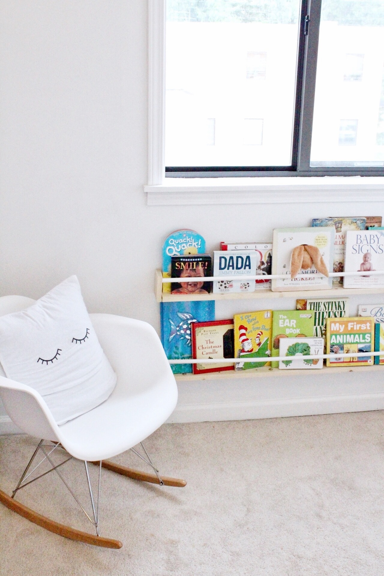 diy display nursery bookshelves under $15