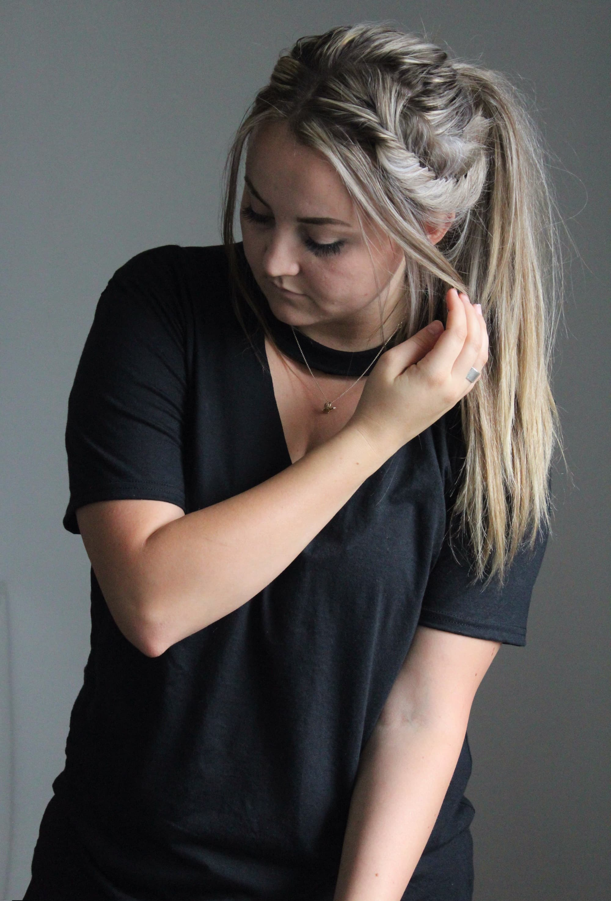 Diy v neck choker tee