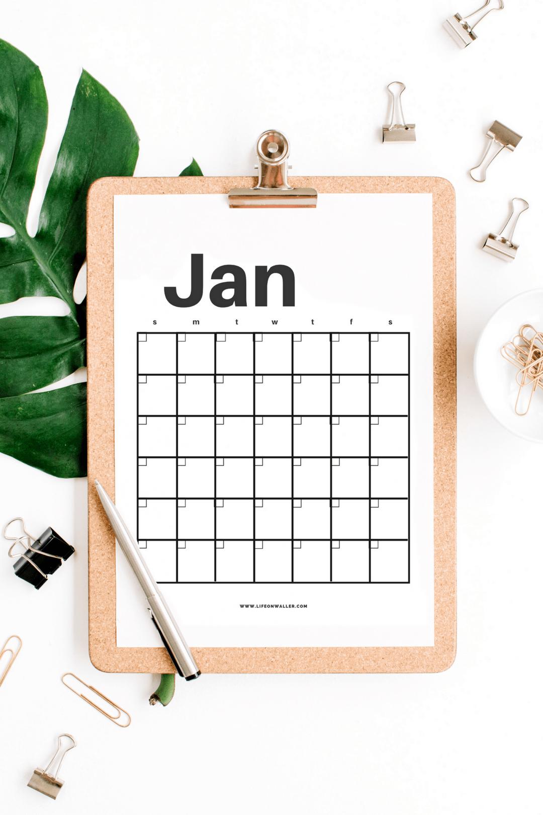 Free Printable minimalist calendar