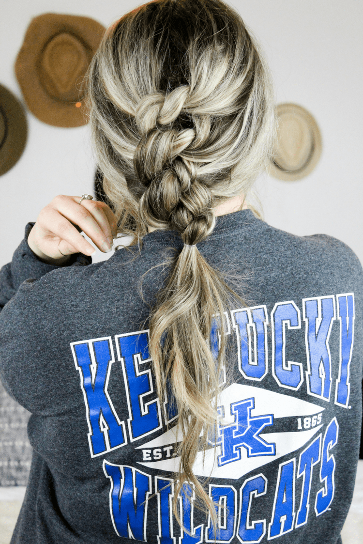 Knotted Ponytail Hair Tutorial